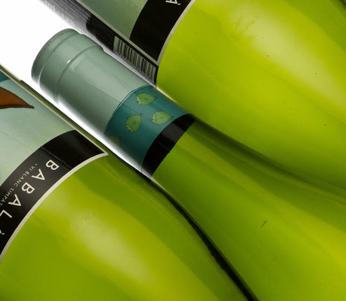 Sympathetic White Wine3
